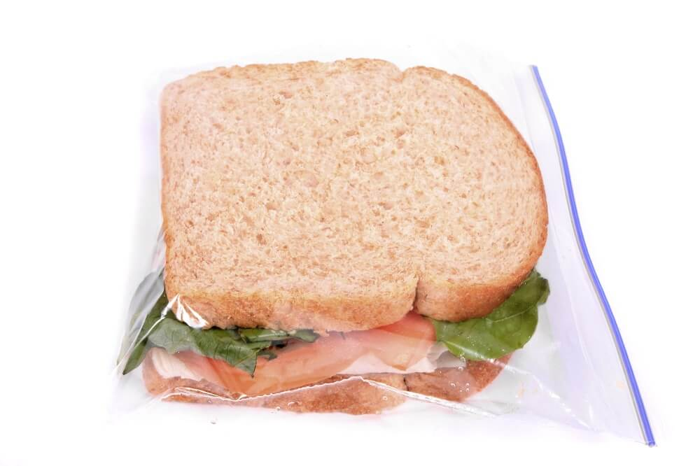 sandwich in sandwich bag