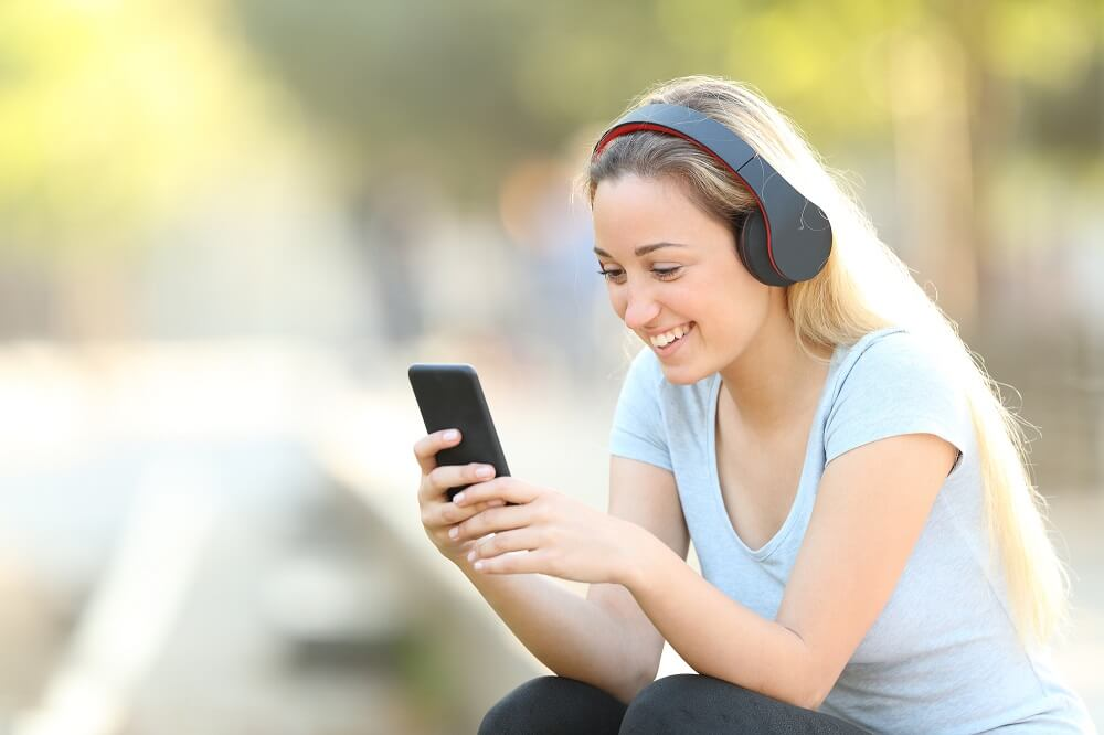 woman listening to audiobook